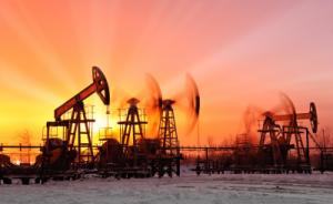 Image Le cours du pétrole proche des 50 dollars : une hausse inattendue