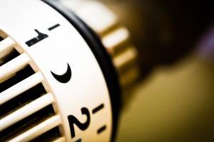 Image Qivivo, le thermostat intelligent qui affiche le coût du chauffage en euros